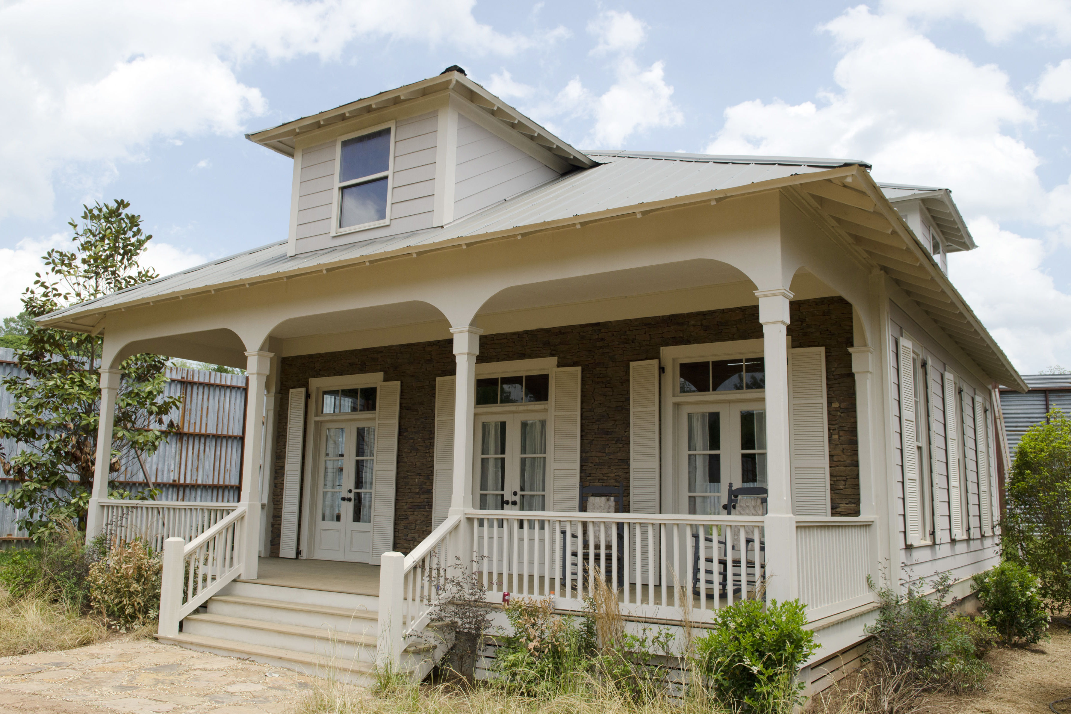 """The Southern Living Houses of """"The Walking Dead"""""""