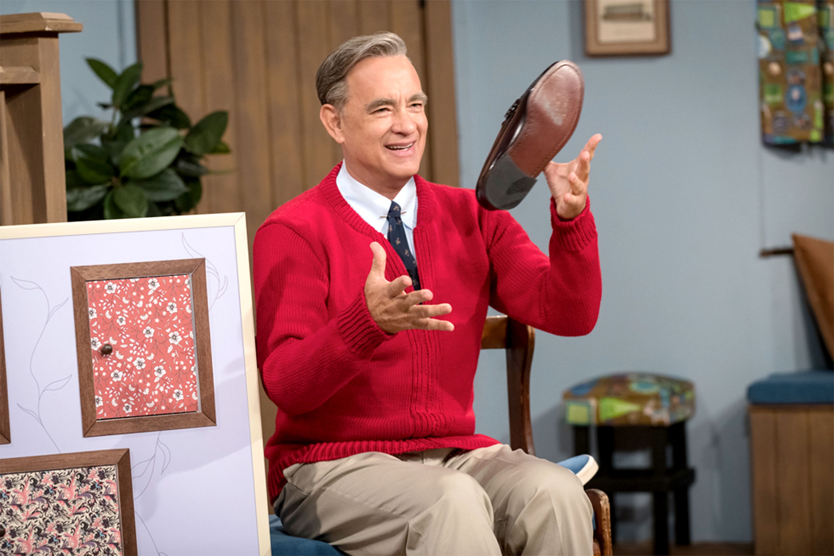 Tom Hanks Looks Just Like Mr. Rogers in New Photo from A Beautiful Day in the Neighborhood