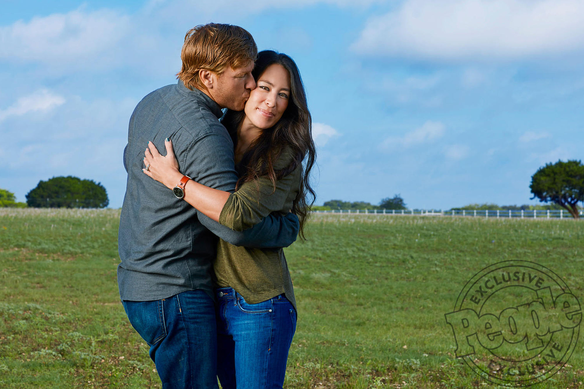 Chip Gaines Says 'My Heart Is Full' as He Shares New Aww-Worthy Photo of 3-Week-Old Son Crew