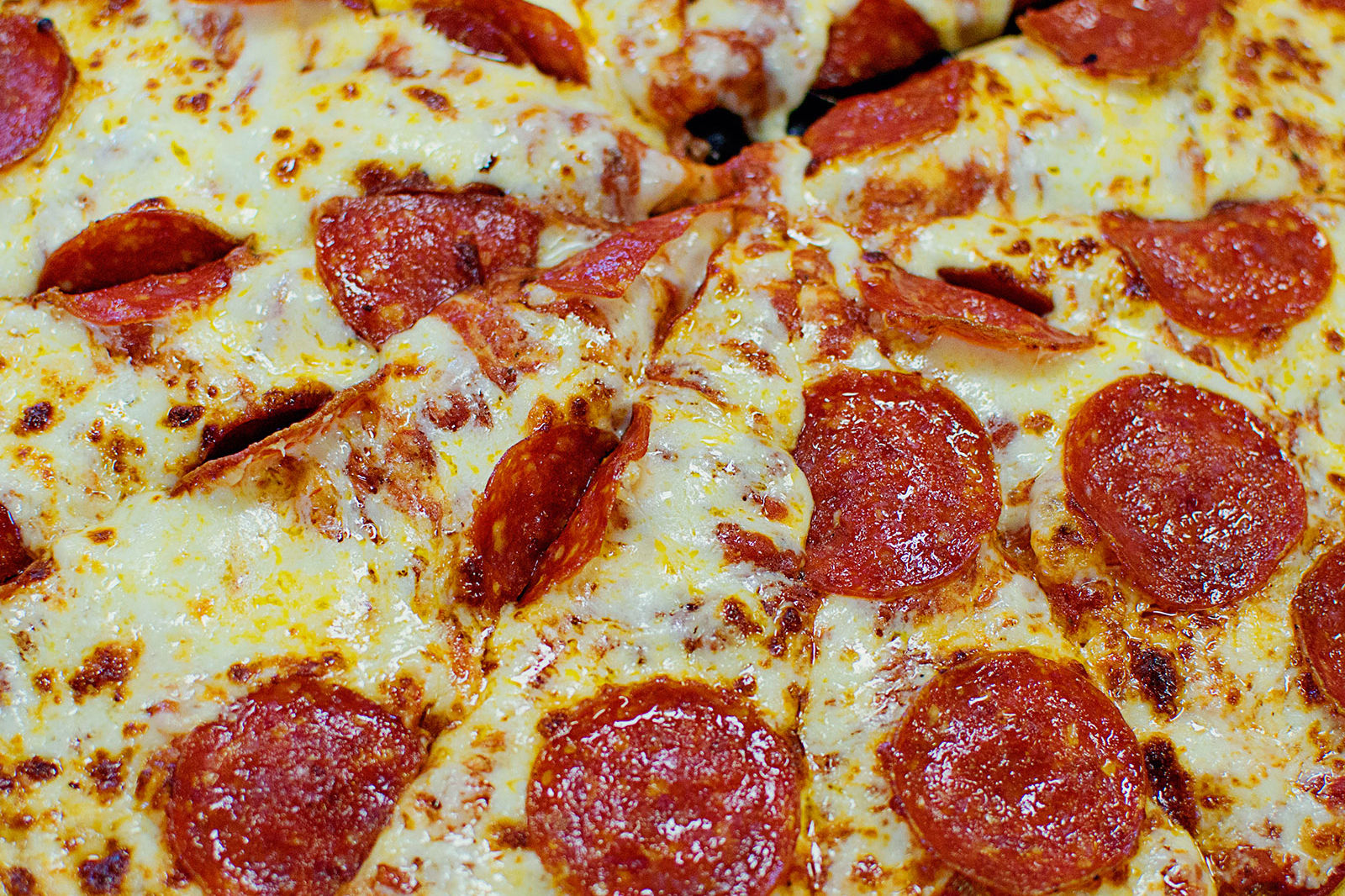 This Is Where to Find the Cheapest Pizza in America