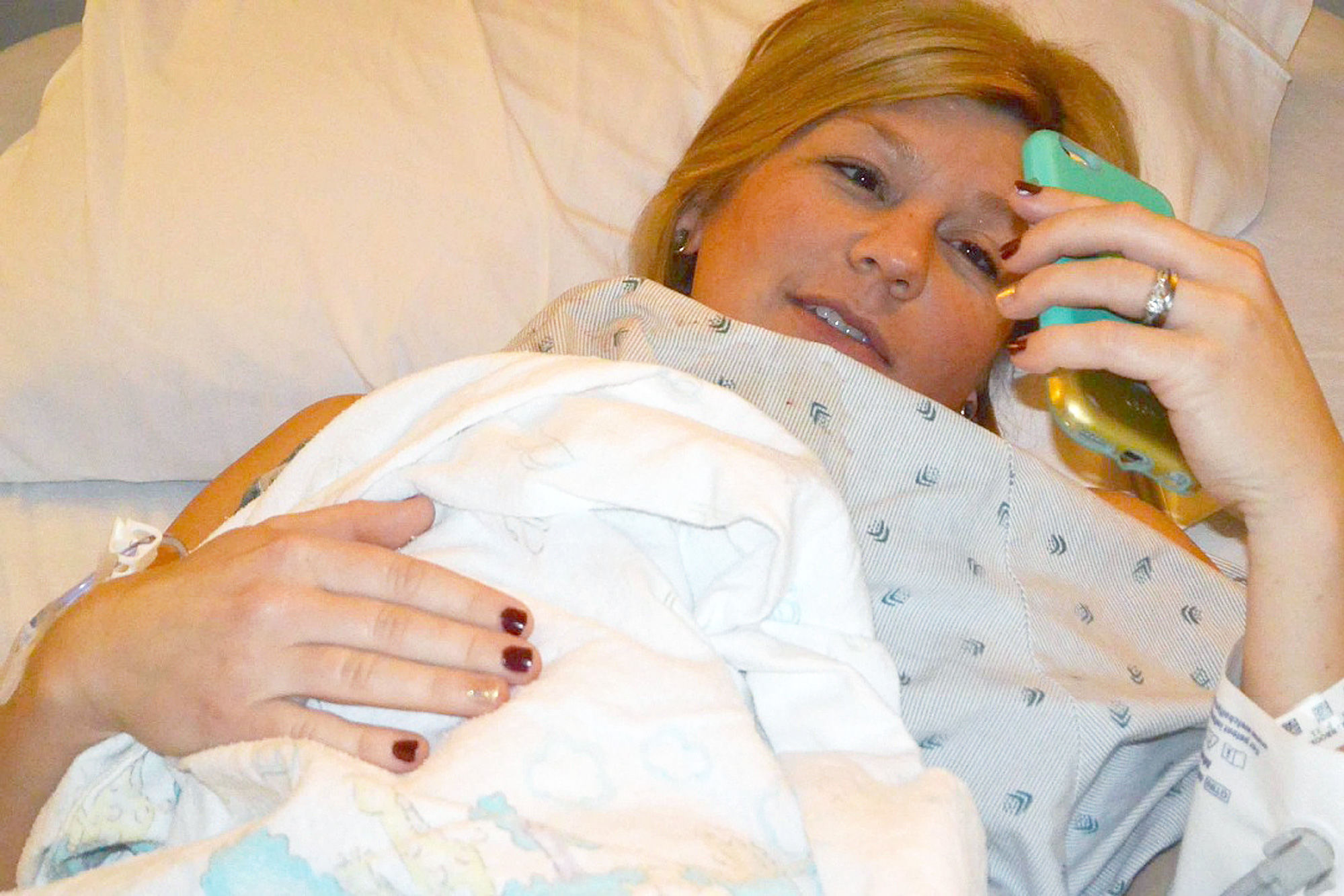 Deployed Texas Military Husband Watches Wife Give Birth on Skype