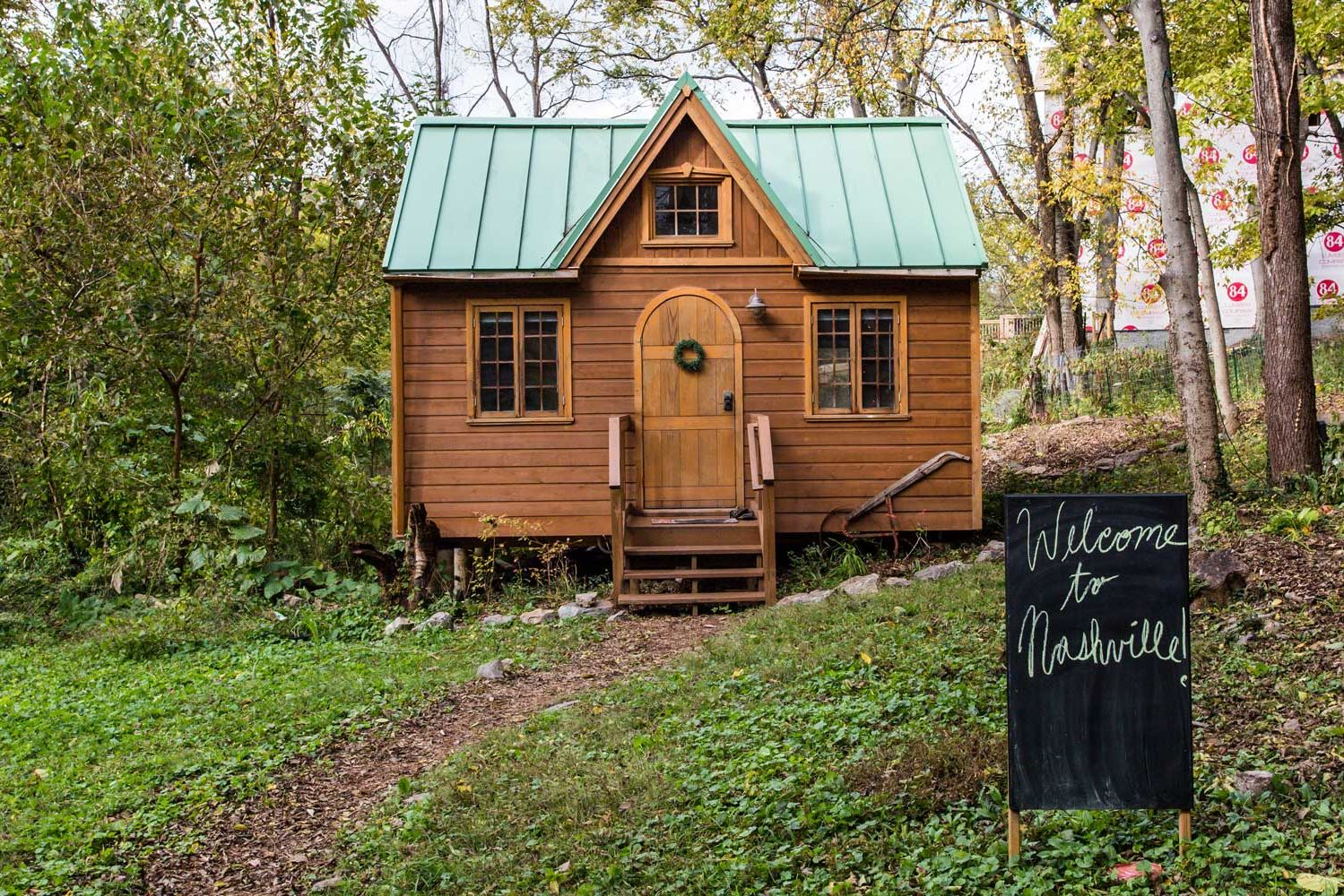 This 300-Square-Foot House Is the Most Popular Airbnb in Tennessee