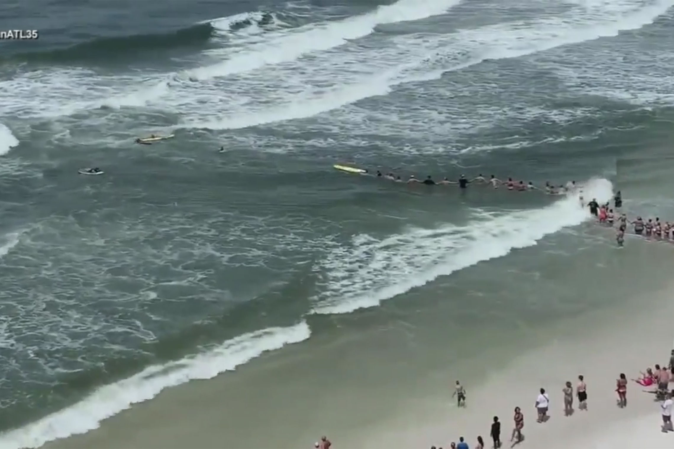 Good Samaritans Form Human Chain to Rescue Swimmers from Rip Current in Florida
