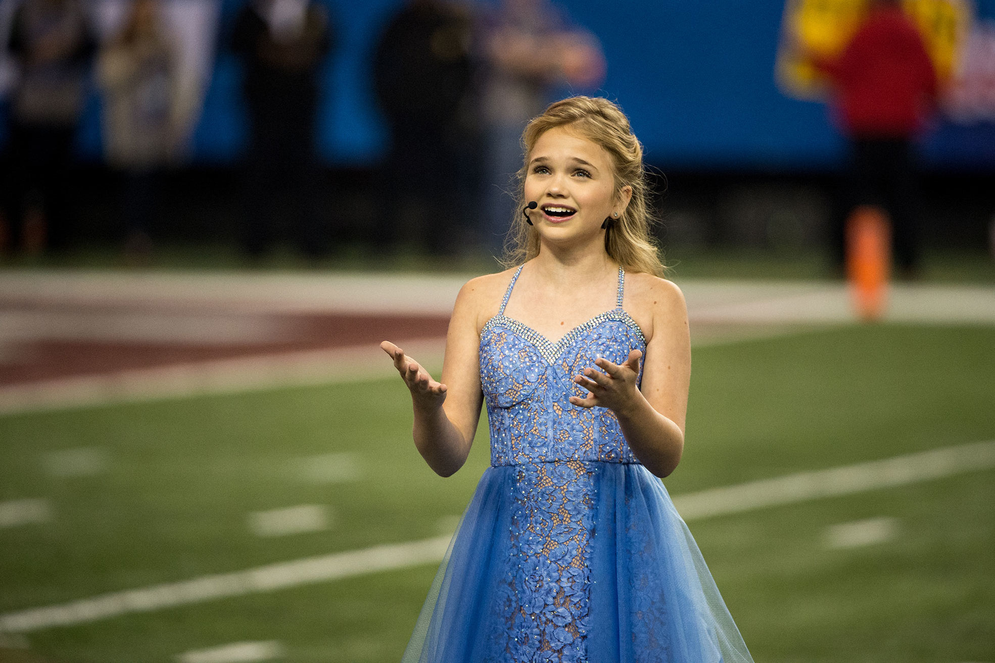 13-Year-Old with Rare Respiratory Disorder Sings 'God Bless America' at Peach Bowl: 'It Was a Dream Come True'