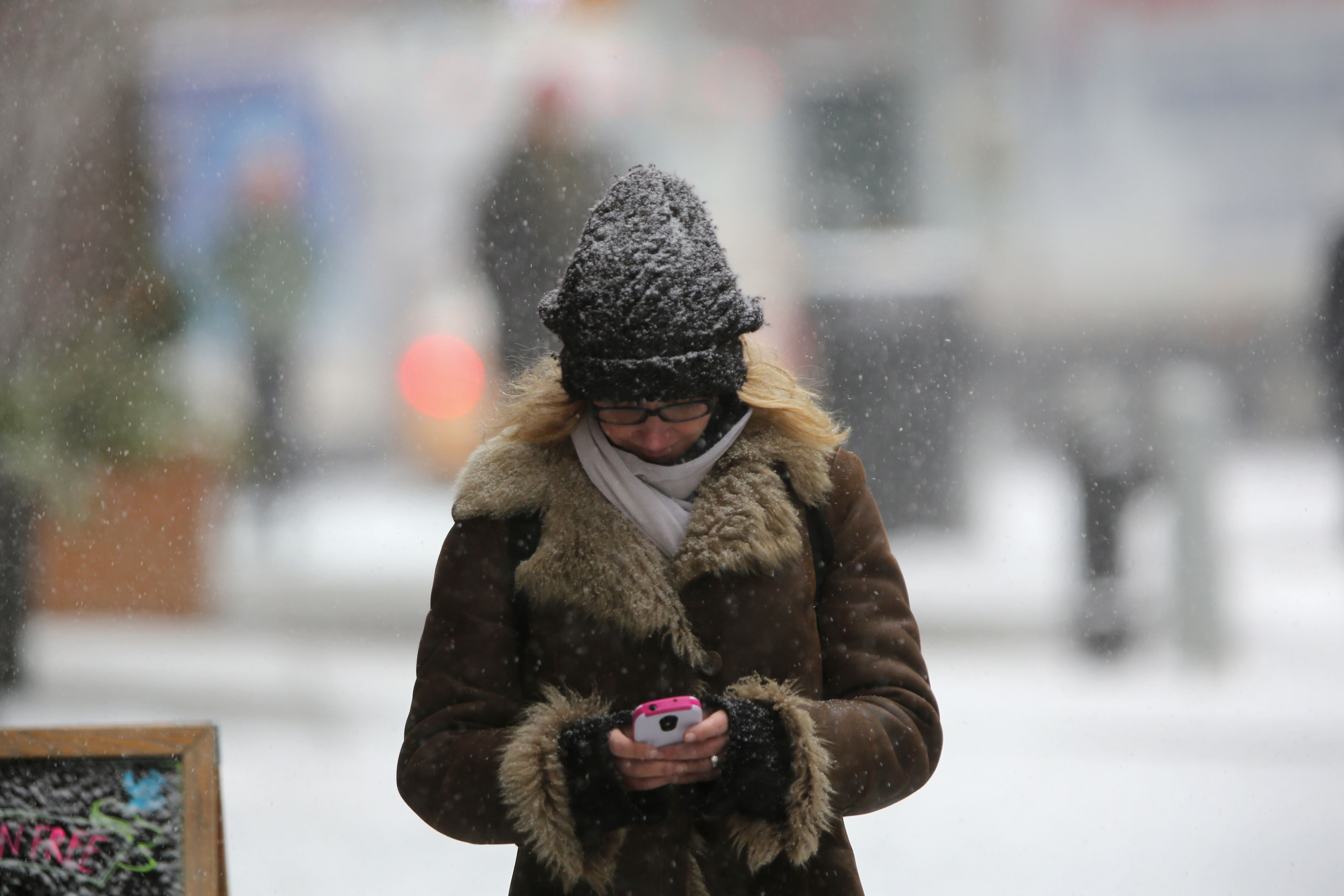 Cold Weather Can Mess With Your Phone. Here's How to Protect It