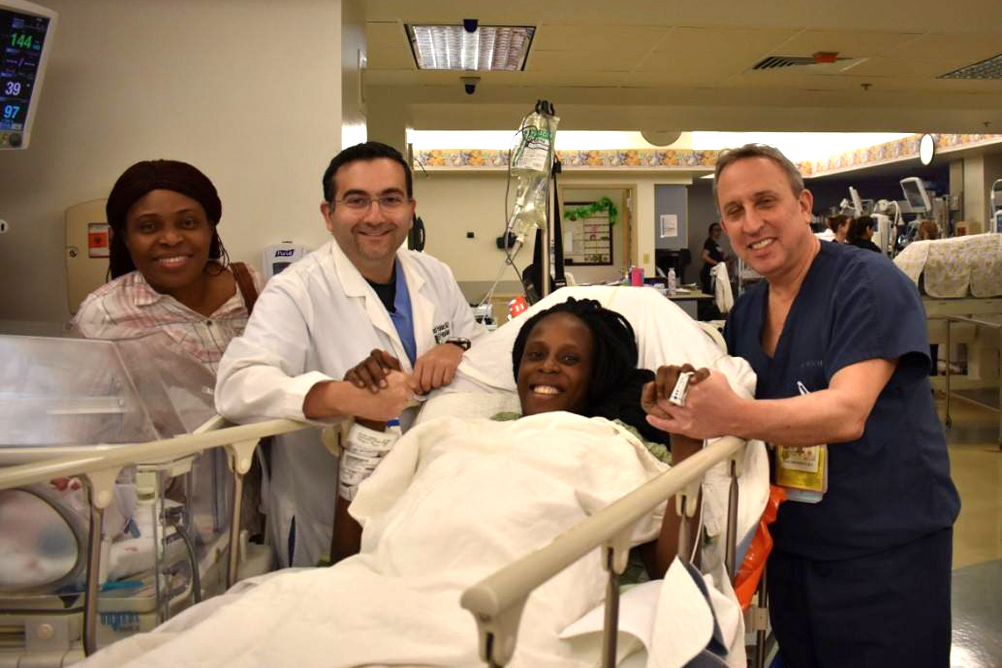 Houston Woman Gives Birth to 3 Sets of Twins in 9 Minutes: 'This Is Miraculous!'