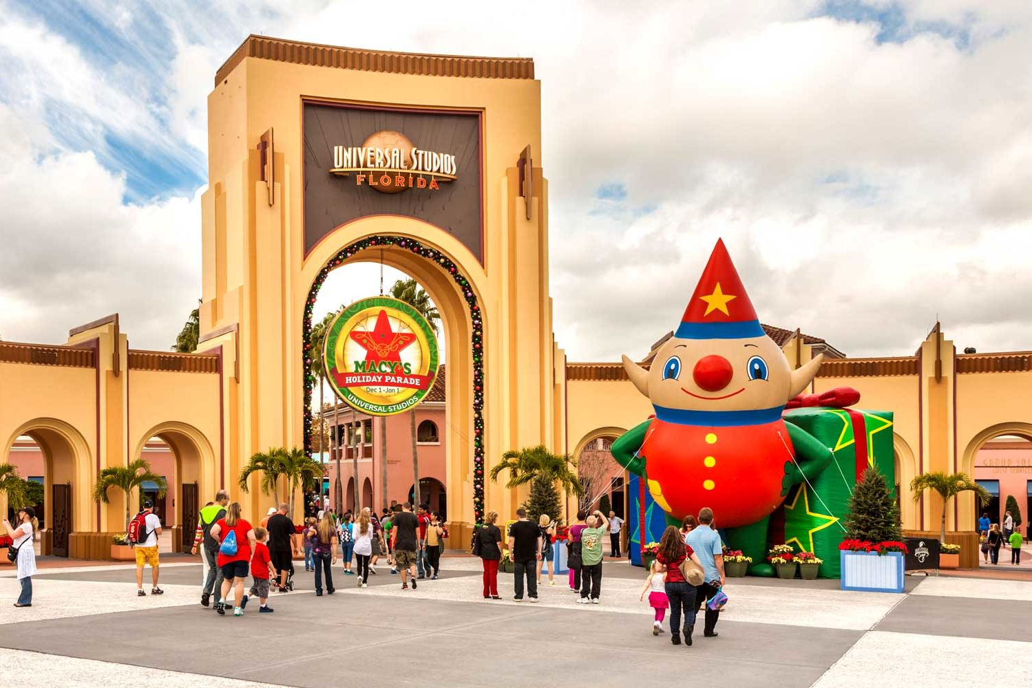 The 2019 Holiday Season Is Going to Be More Magical Than Ever at Universal Orlando Resort