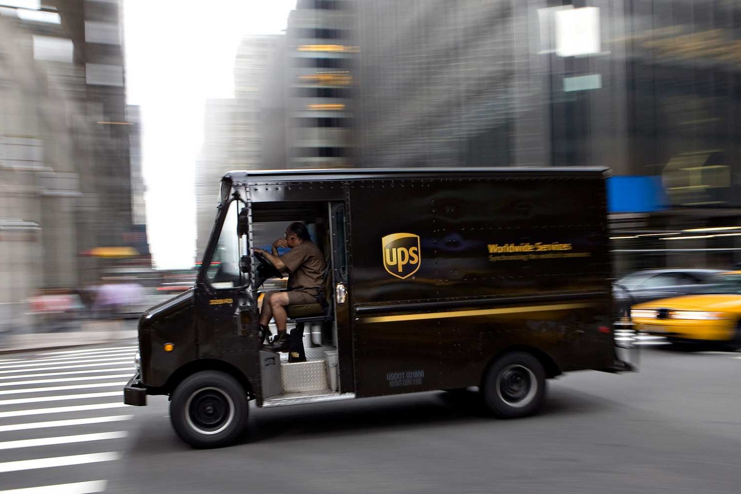 UPS Drivers Never Turn Left, and Neither Should You