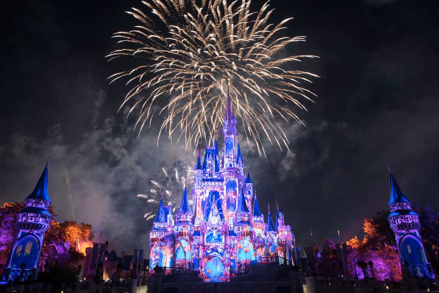 Why You Should Get to Magic Kingdom Before It Opens (and Stick Around After Close)