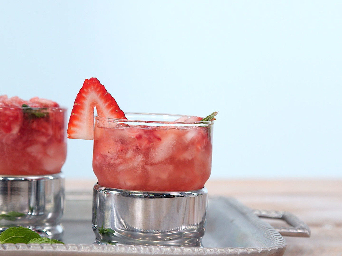 Strawberry Mint Juleps Image