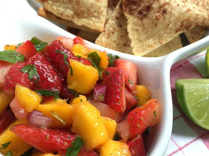 Strawberry-Mango Salsa Cinnamon Chips