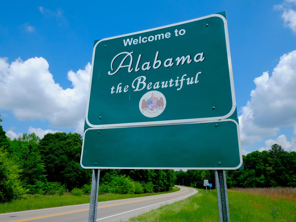 Welcome To Alabama Sign