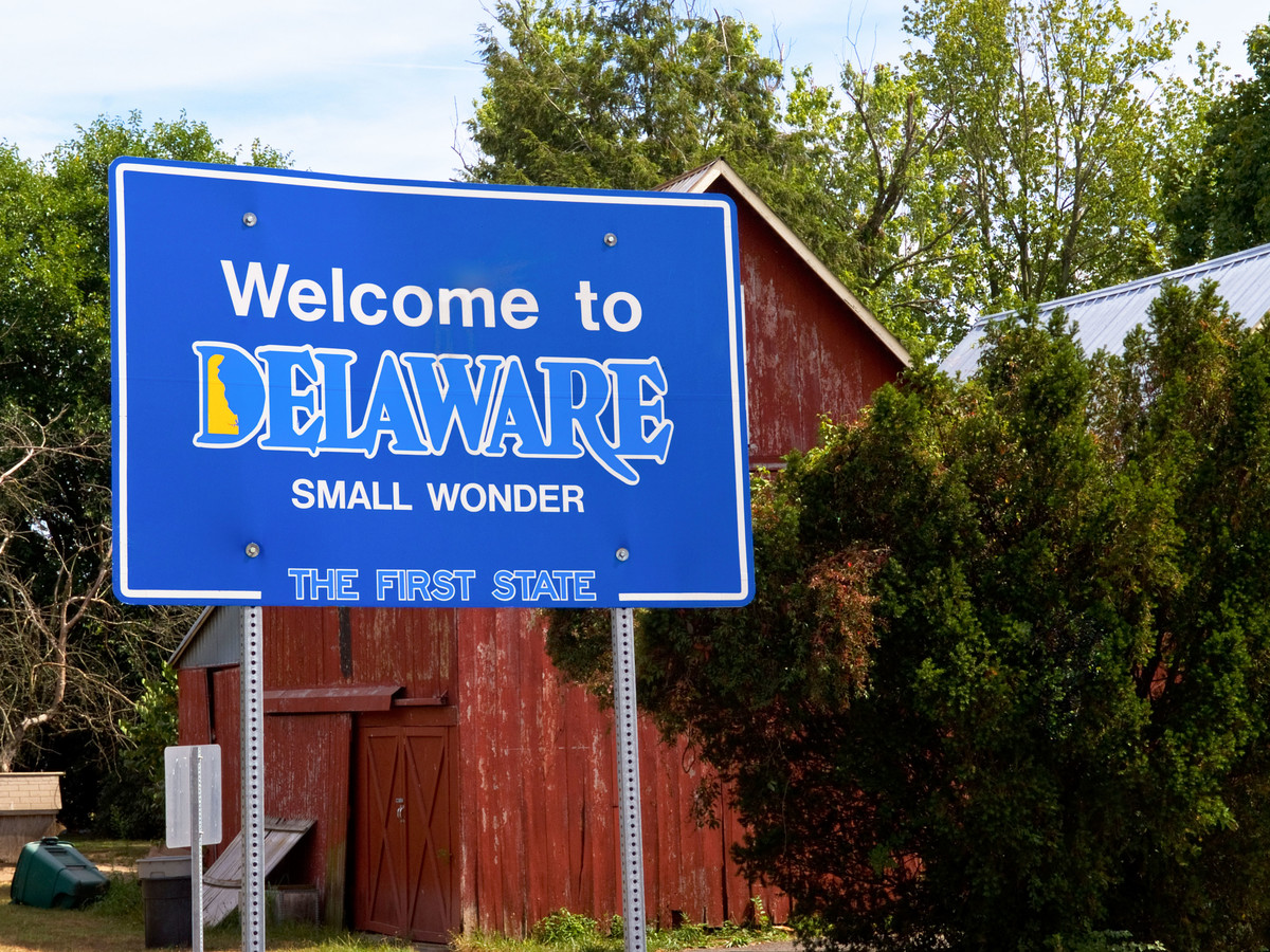 Welcome To Delaware Sign
