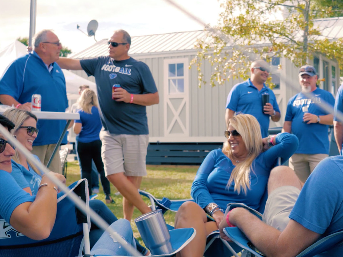 Legends of Tailgating KU