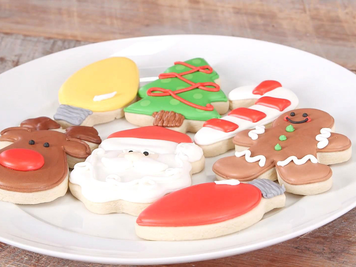 Summer's Sweet Shoppe Holiday Cookie Decorating