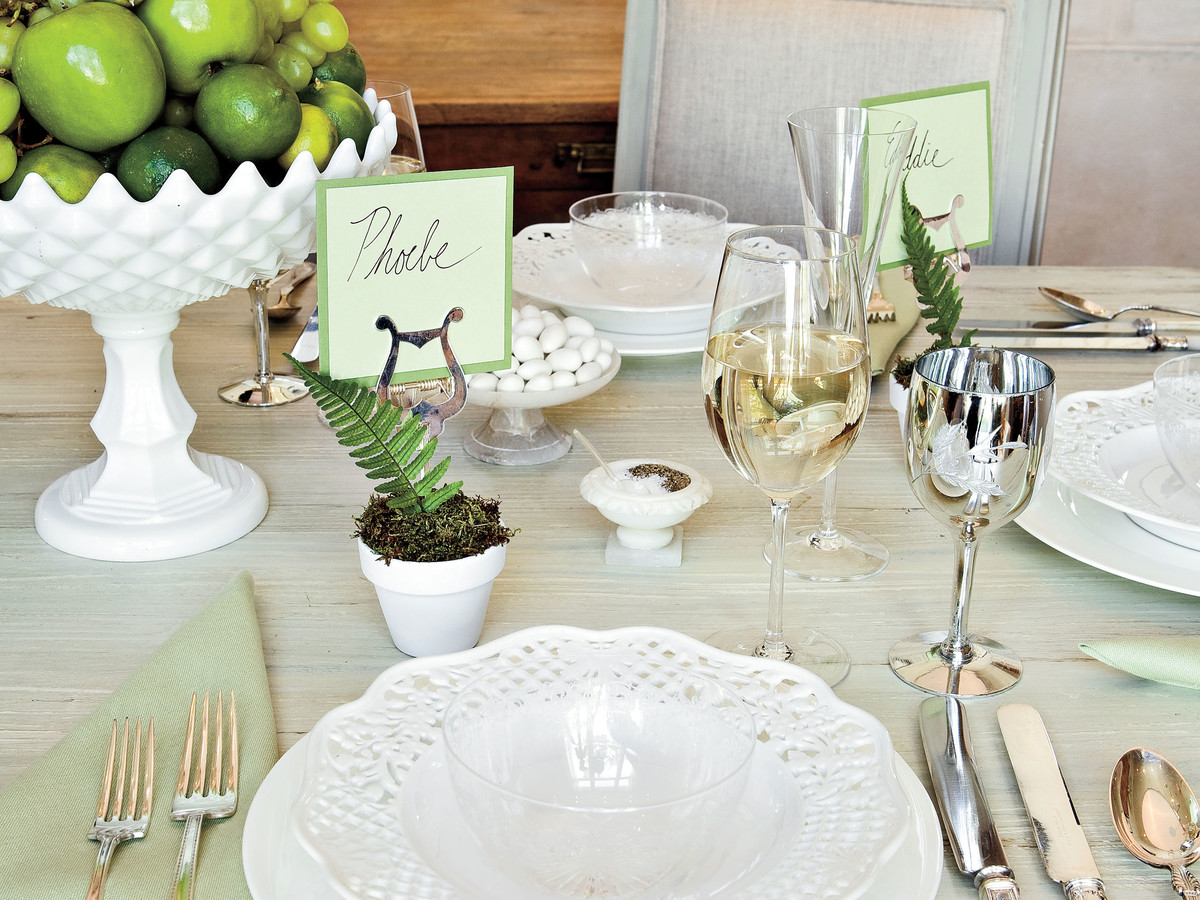 Table Place Settings for Entertaining: Layer China and Glass