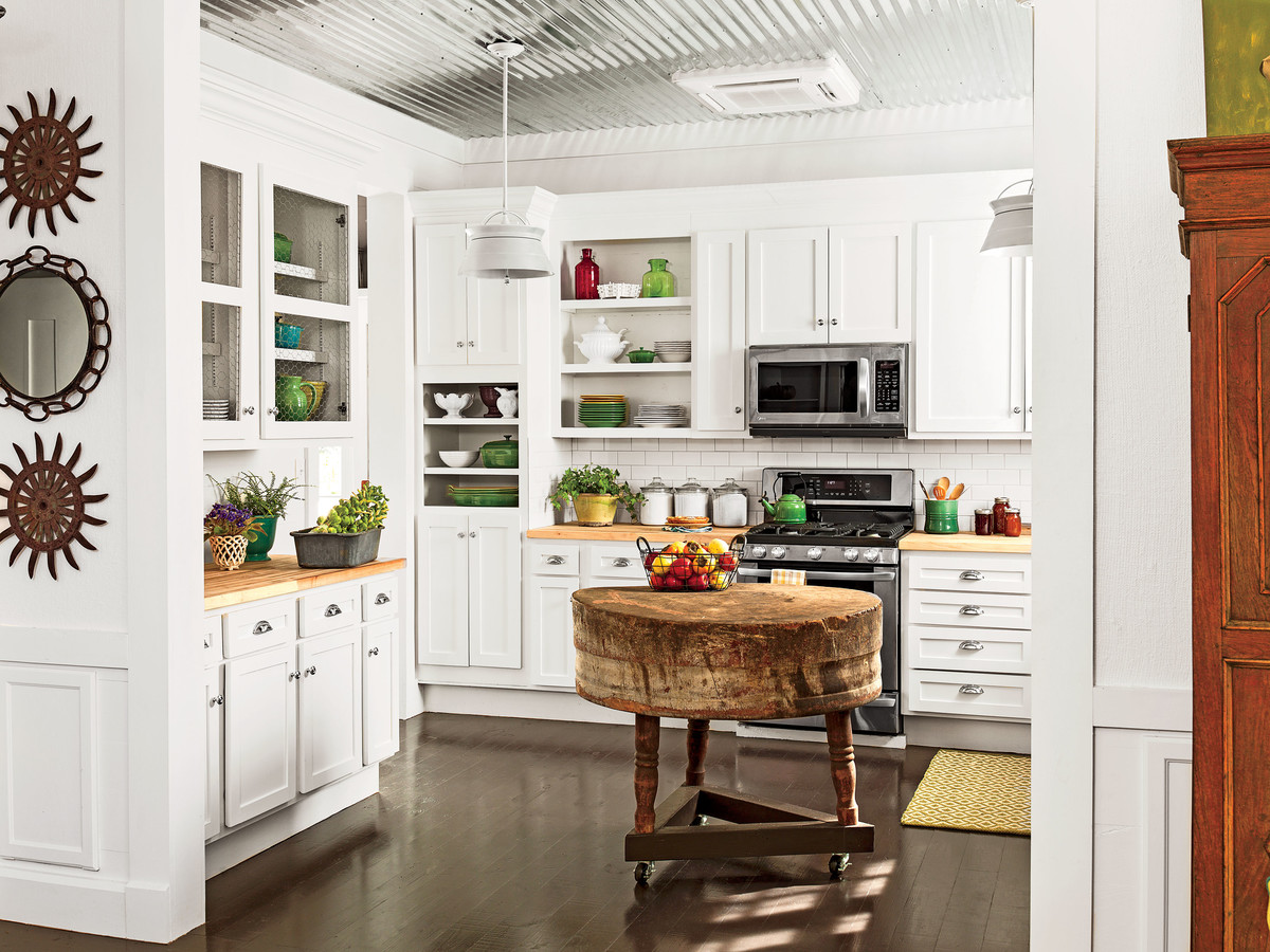 The One Thing to Know About Installing Subway Tile - Southern Living