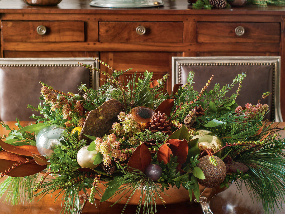 Beautiful Christmas Plants - Southern Living