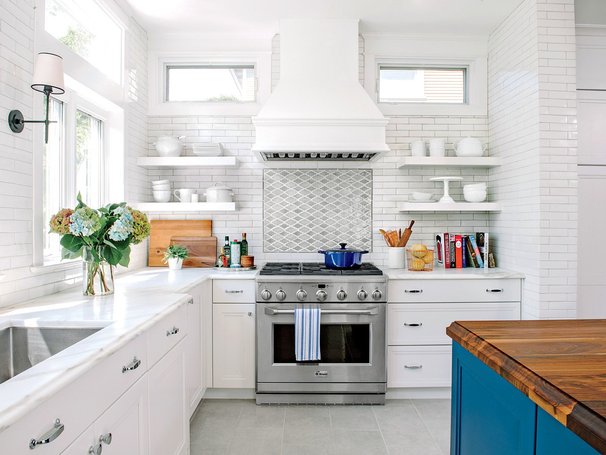 all time favorite white kitchens southern living rh southernliving com Kitchen with White Cabinets Black Countertops Kitchen Cabinets with Black Countertops