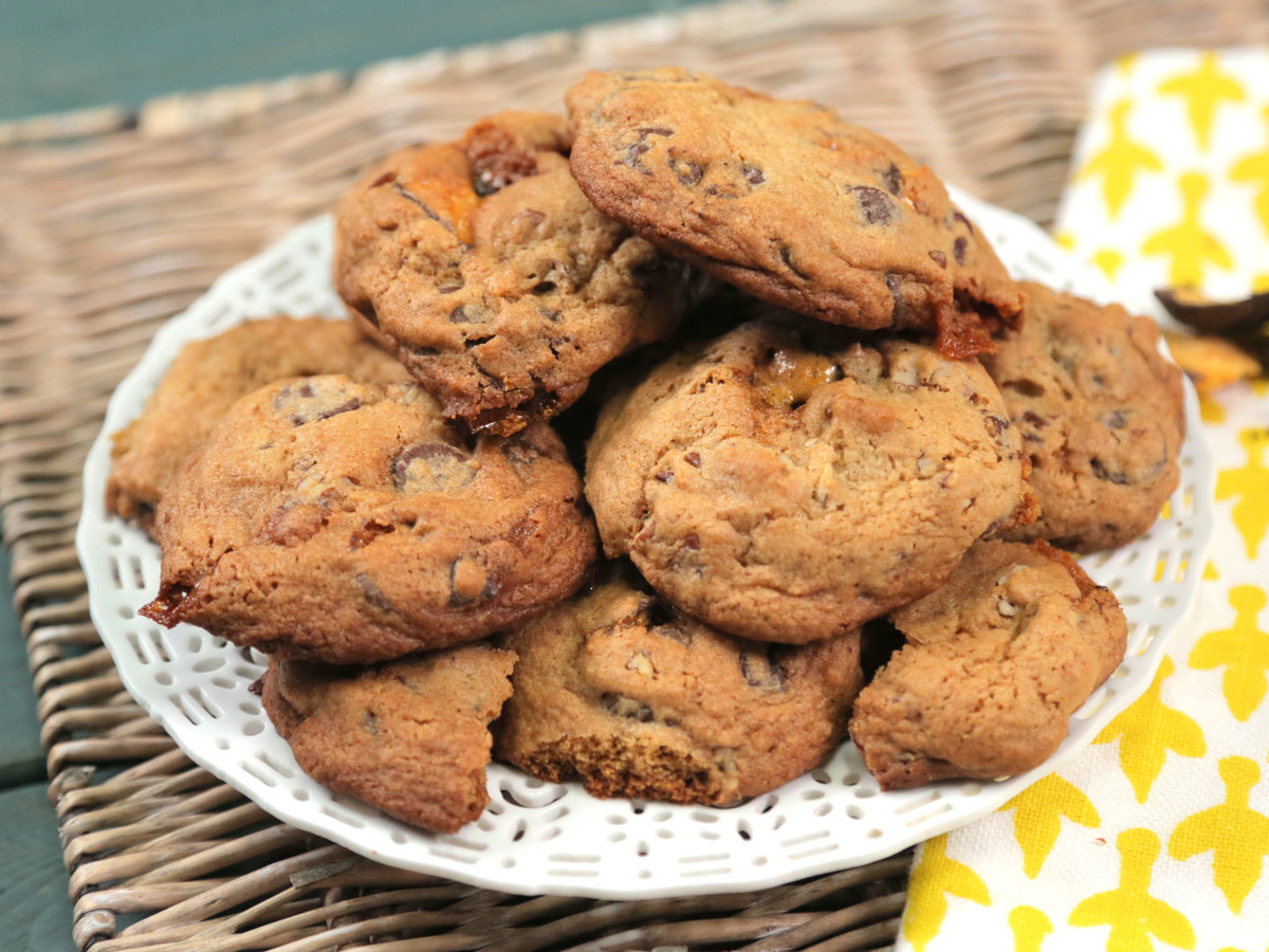 Chocolate Pecan Honeycomb Cookies Image