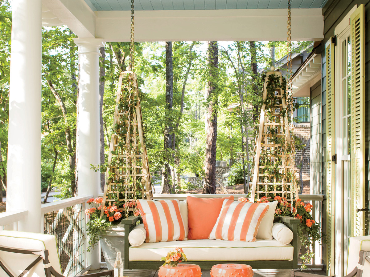 Idea House Front Porch Swing