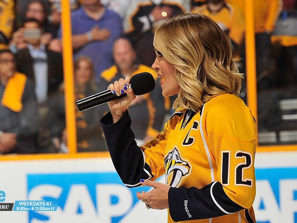Carrie Underwood Sings at Predators Game