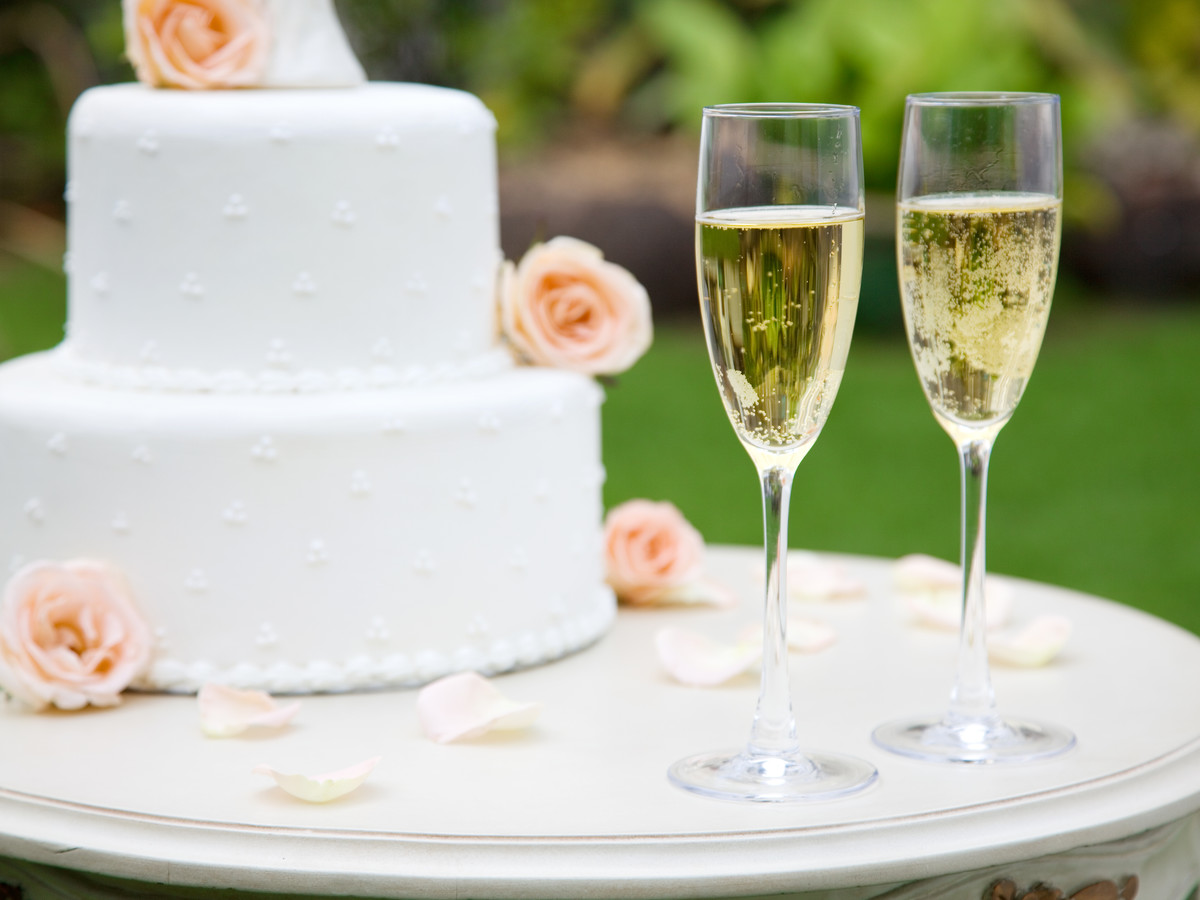 Wedding Cake with Champagne Glasses