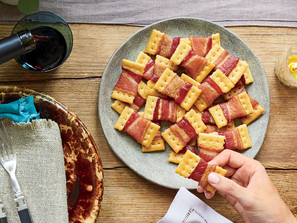 Bacon Bow Tie Crackers