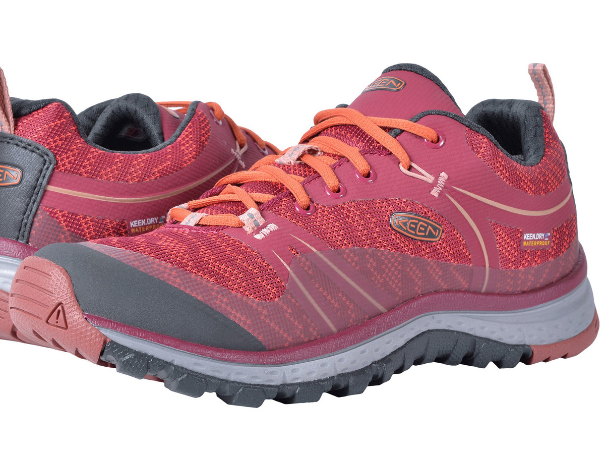 5ca6a383274 12 Comfortable Hiking Shoes for Hitting the Fall Trails