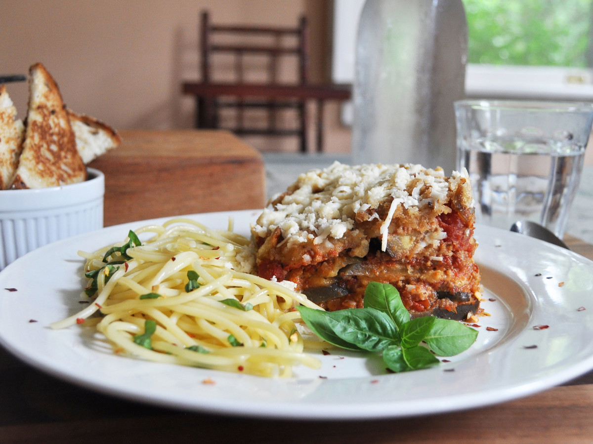 You can make eggplant parmesan in a slow cookerand heres how slow cooker eggplant parmesan forumfinder Images