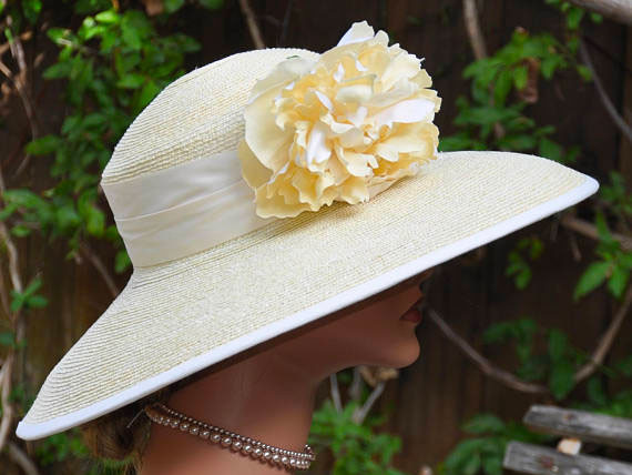 Pastel Yellow Wide-Brim Hat