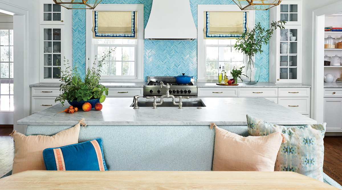 Kitchen Banquette Seating Is Trending for 2019 - Southern Living