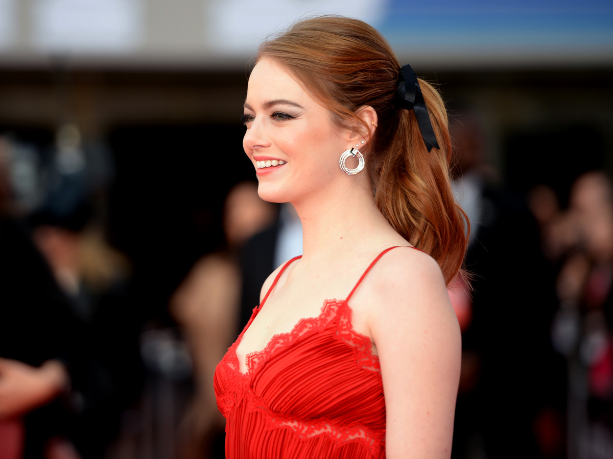 Emma Stone Hair Bow