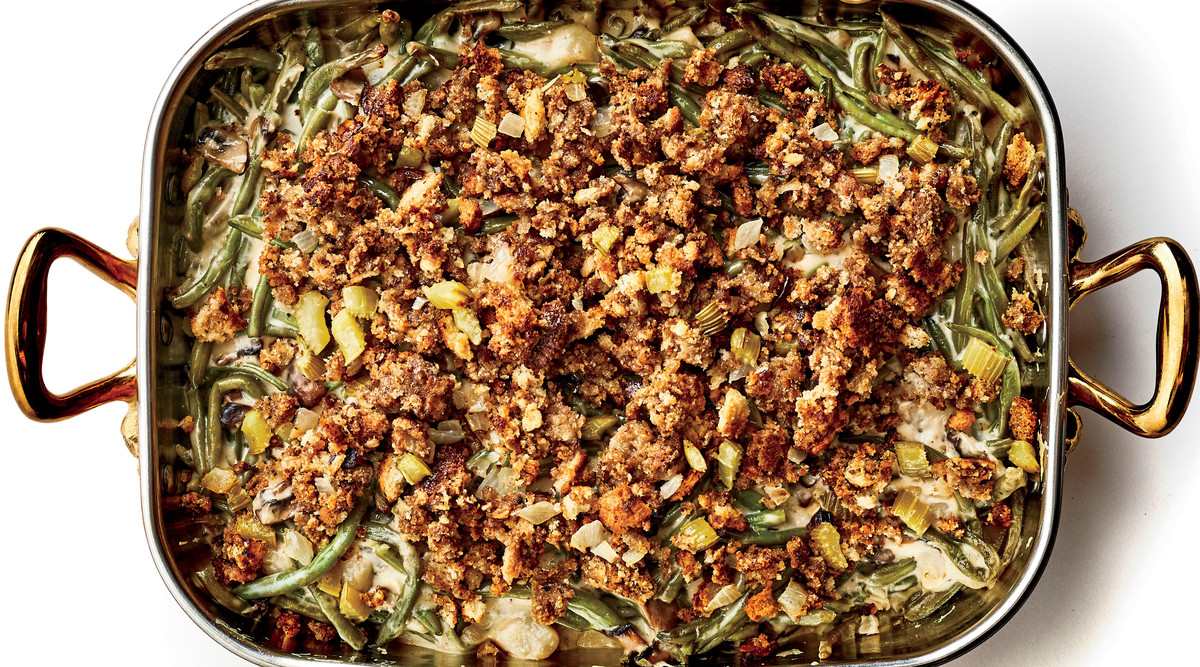 Green Bean Casserole with Stuffing Topping