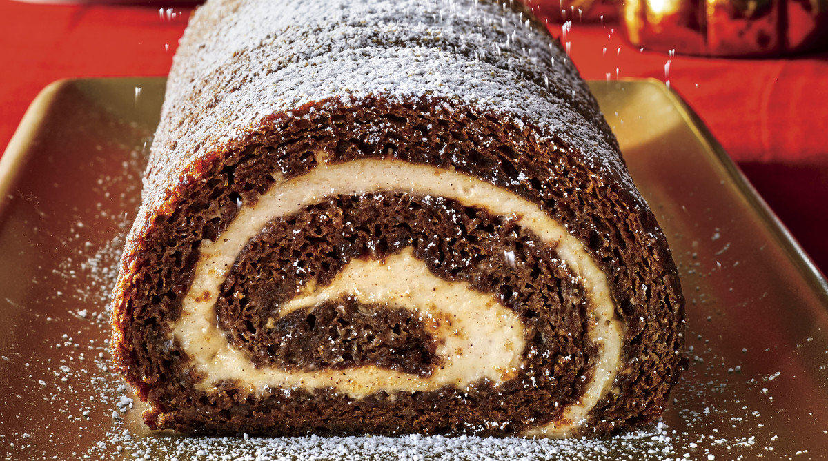 Gingerbread Roulade and Eggnog Cream