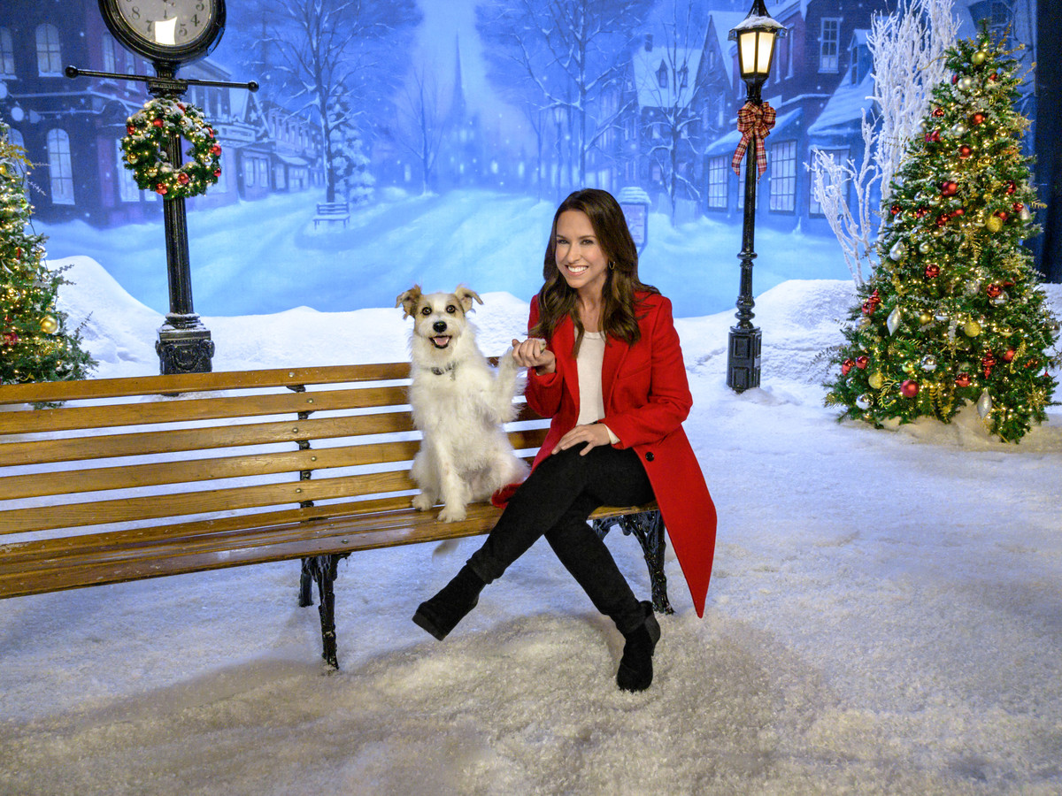 Lacey Chabert Hallmark 2019 Christmas Preview