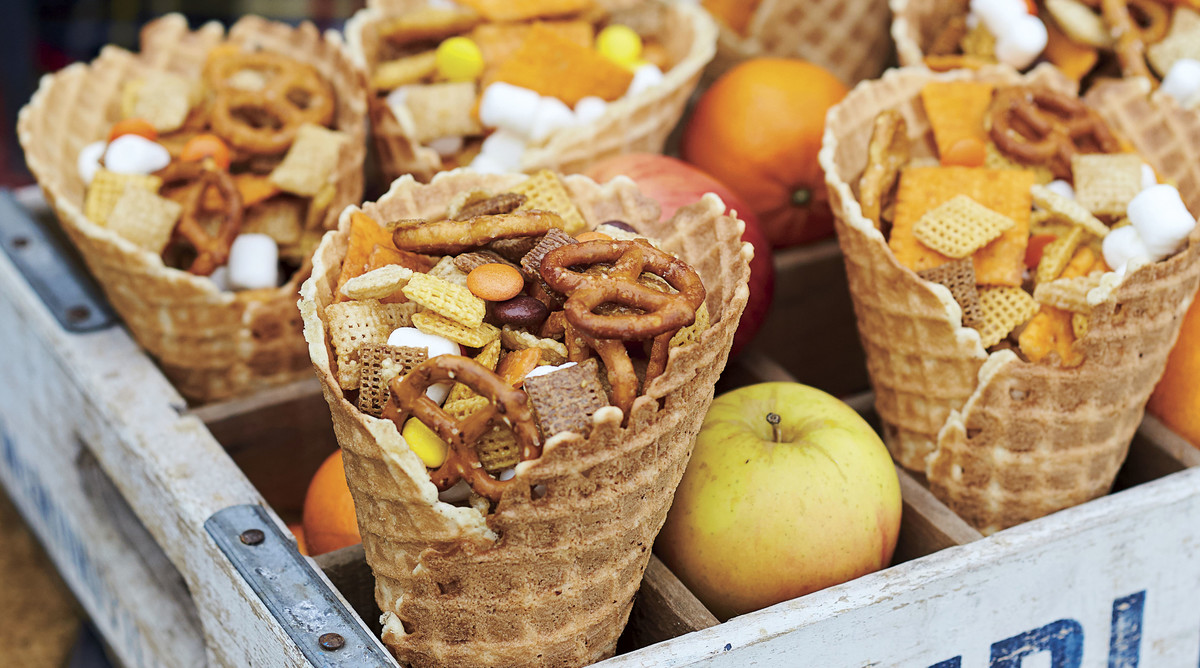 Sweet-and-Salty Snack Mix for Fall