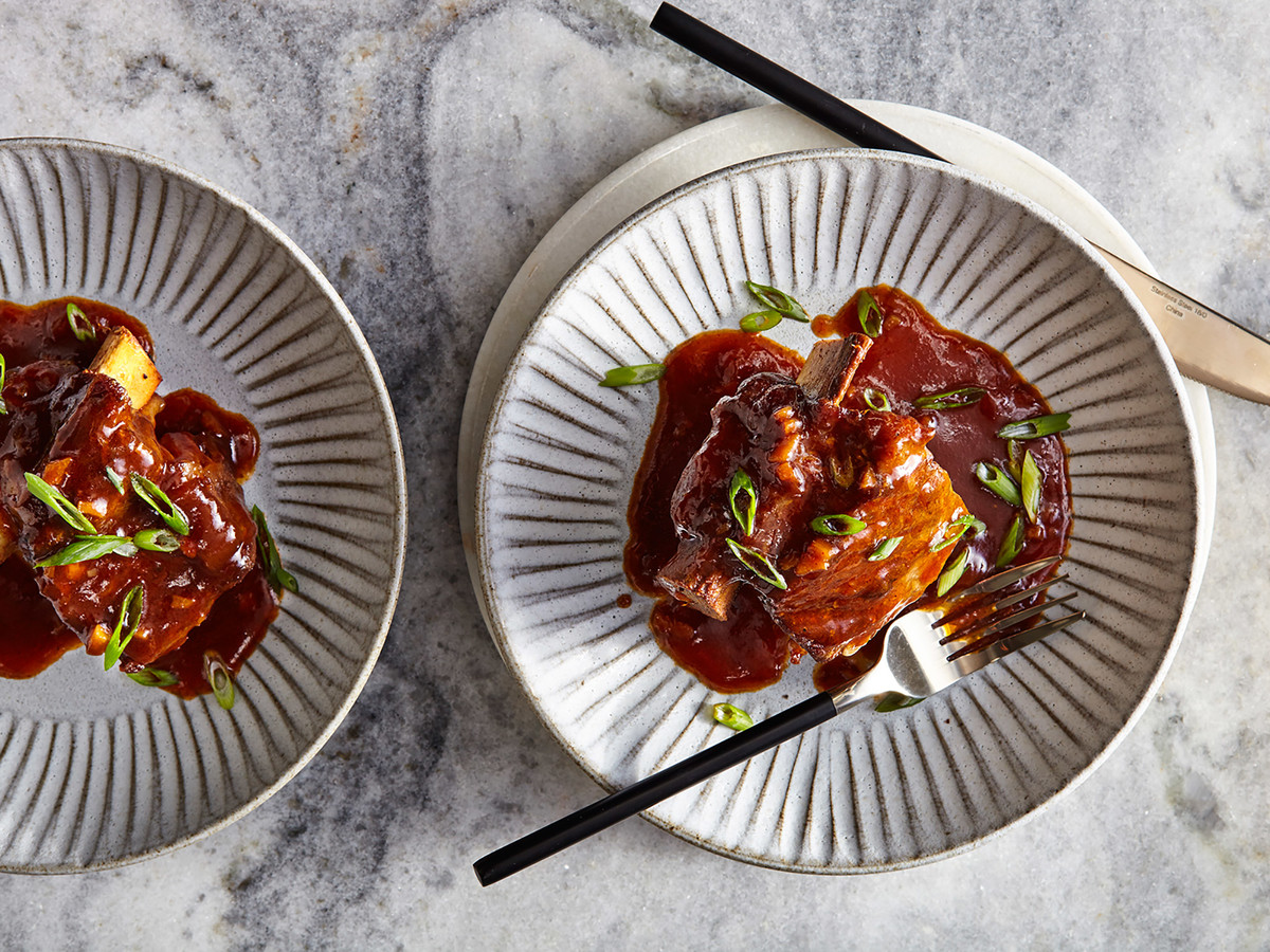 Sweet-and-Sticky Short Ribs