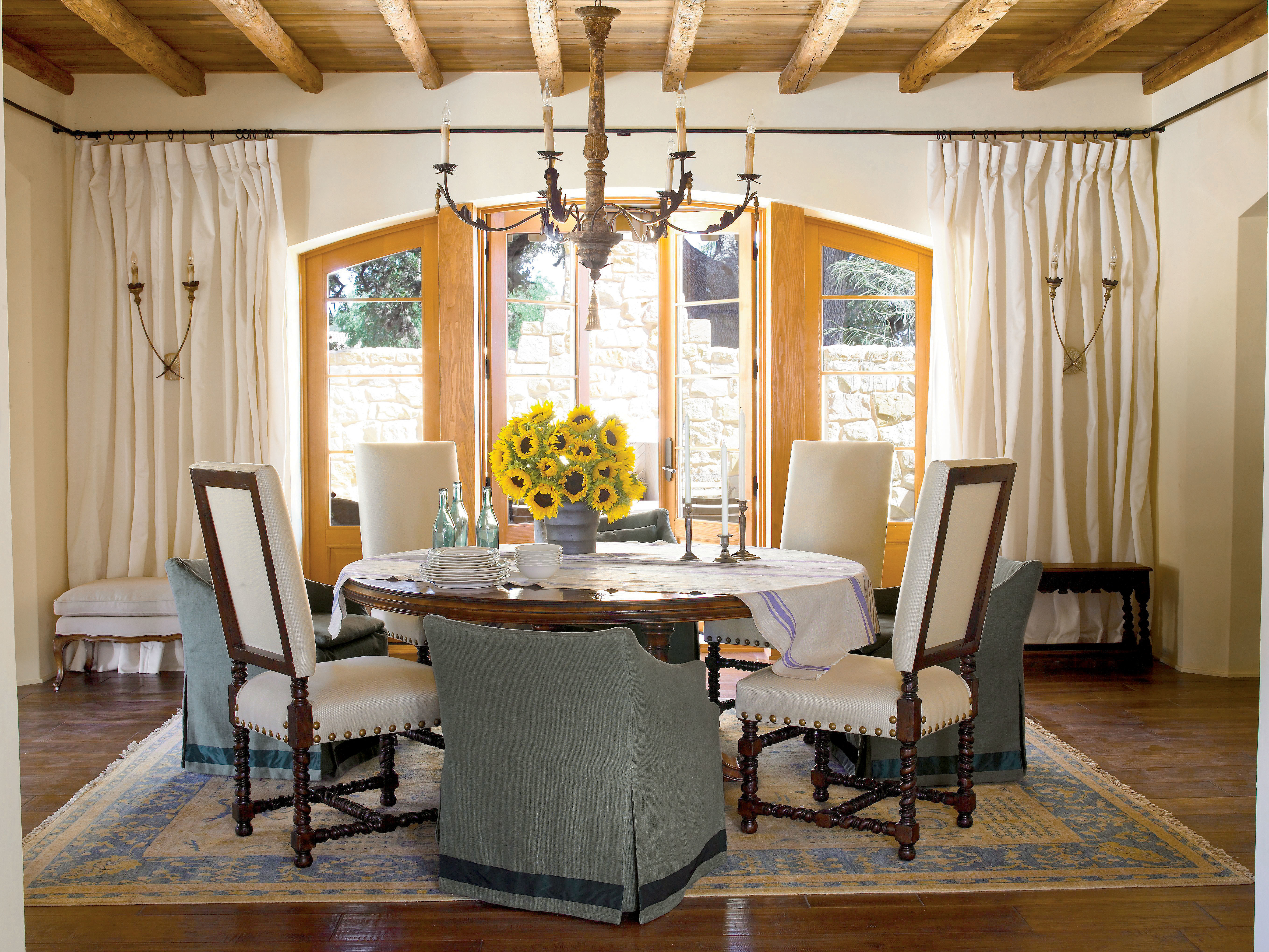 Southern Living Living Room Create A Casual Look Stylish Dining Room Decorating Ideas