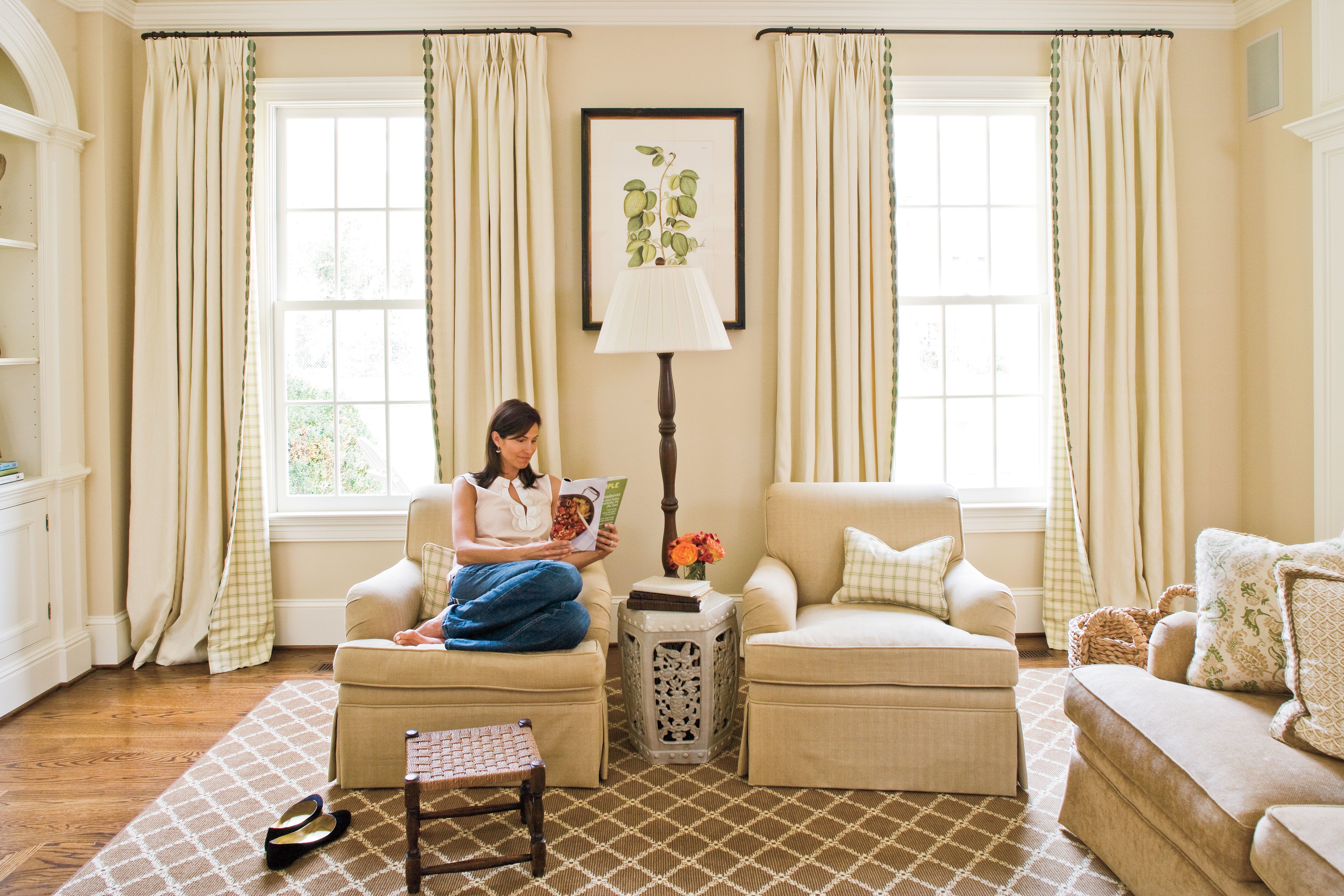 Spruce Up Your Space With Curtains - 106 Living Room Decorating ...