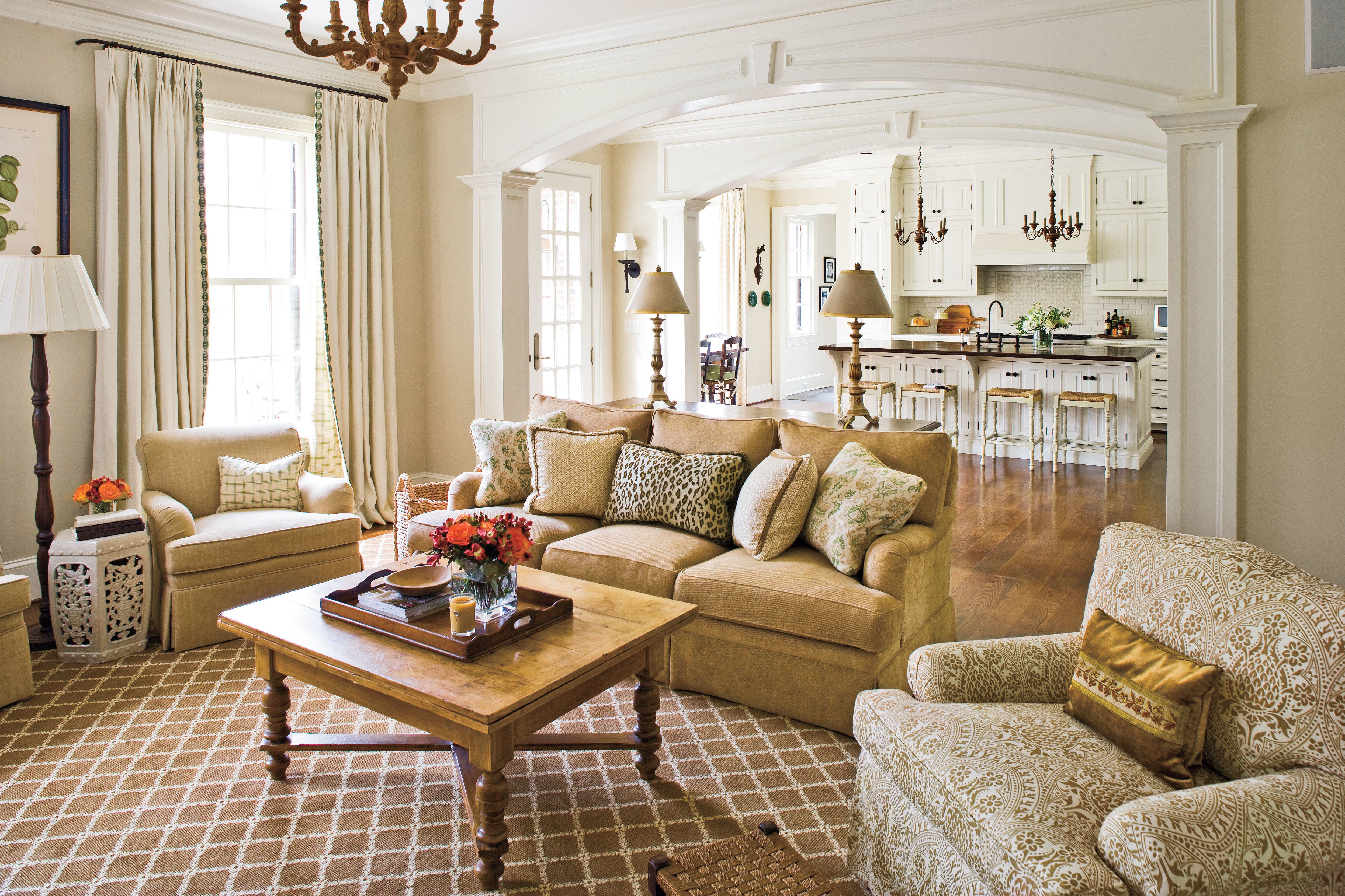 Southern Living Living Room Family Room Stylish Traditional Yet Family Friendly Decorating