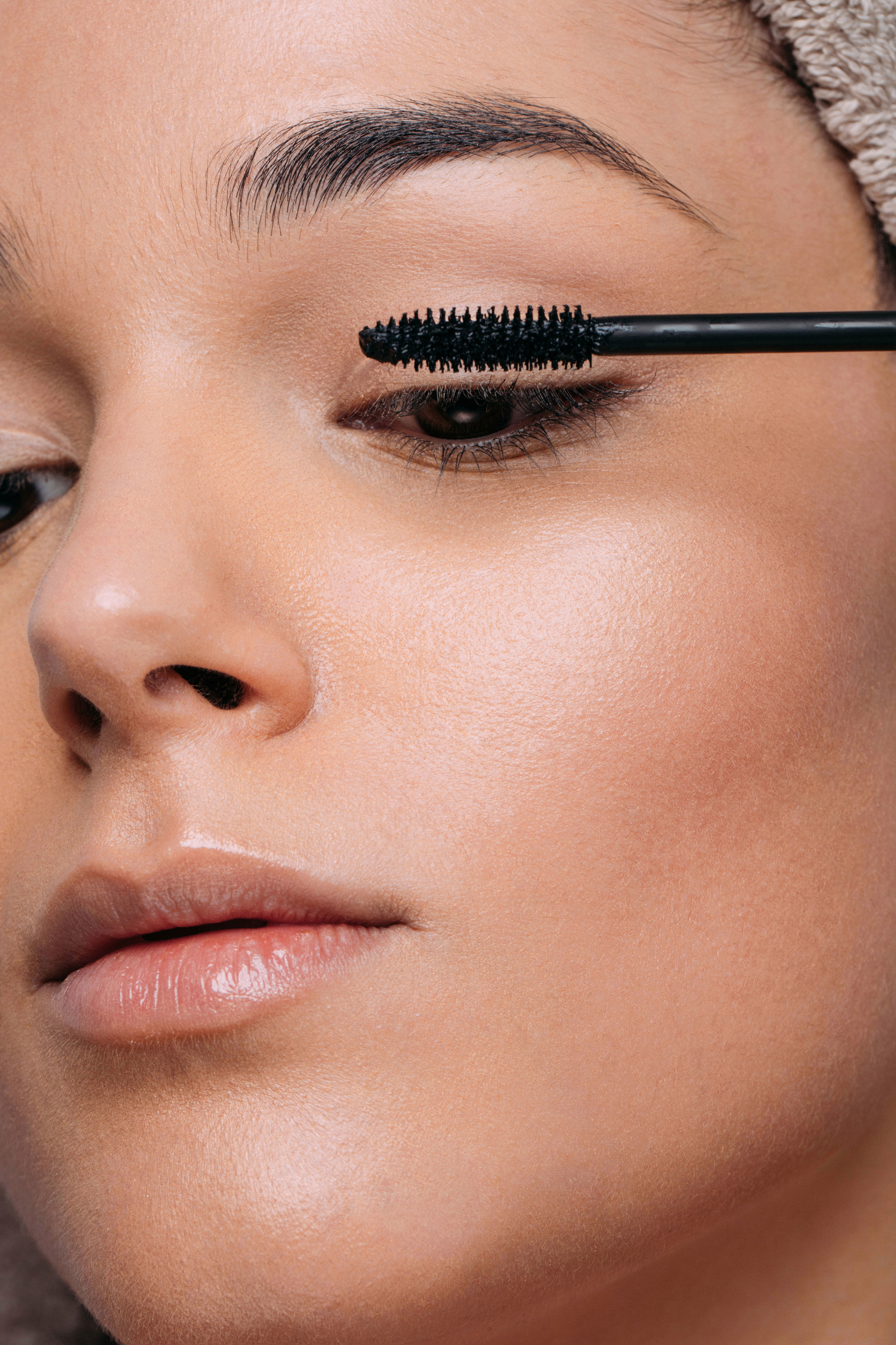 Amazon's Best-Reviewed Mascara Claims to Lengthen Eyelashes By '300 Percent'