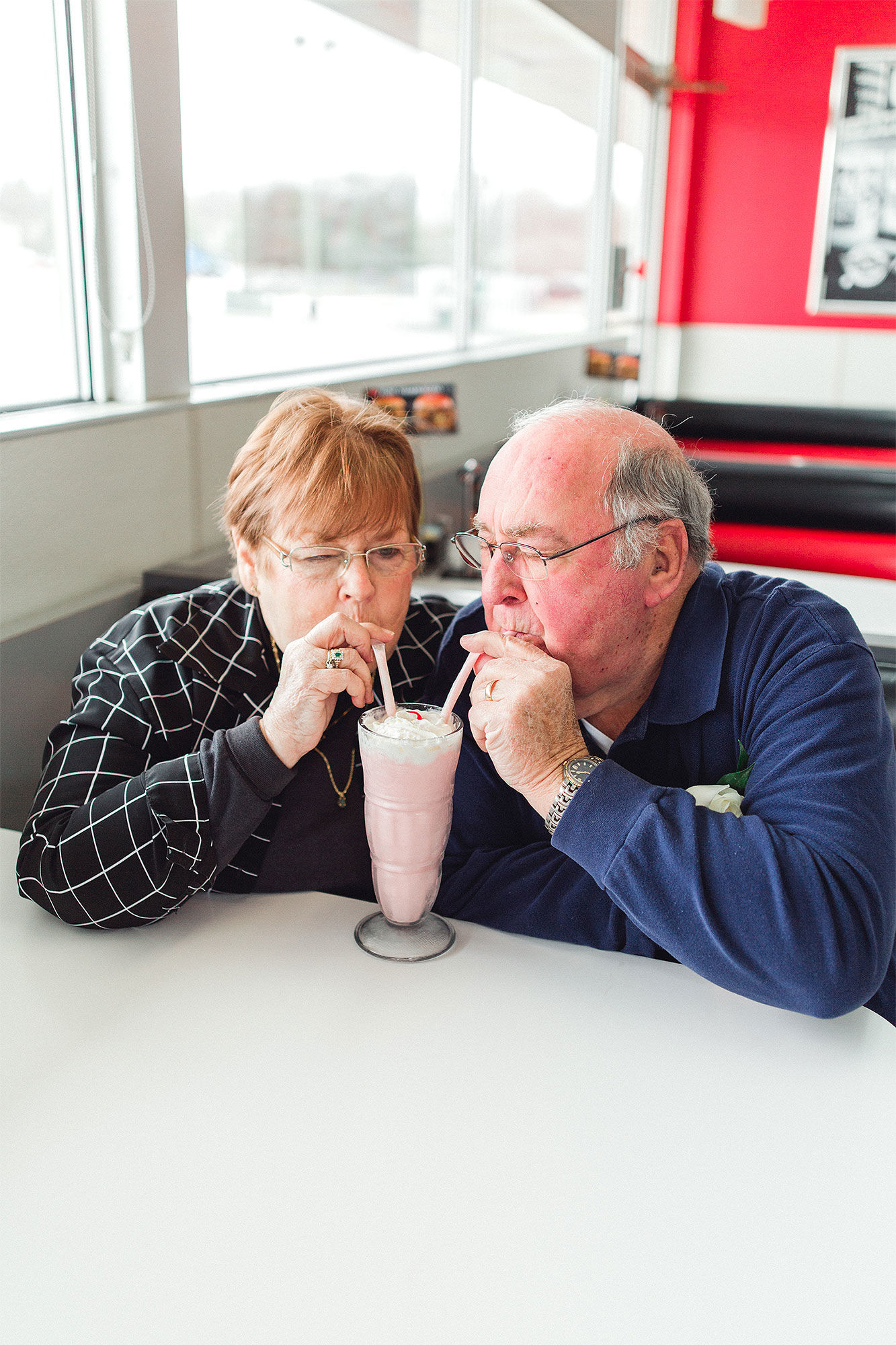 Couple Recreates First Date to Celebrate 55th Wedding Anniversary: 'They Giggled the Entire Time'