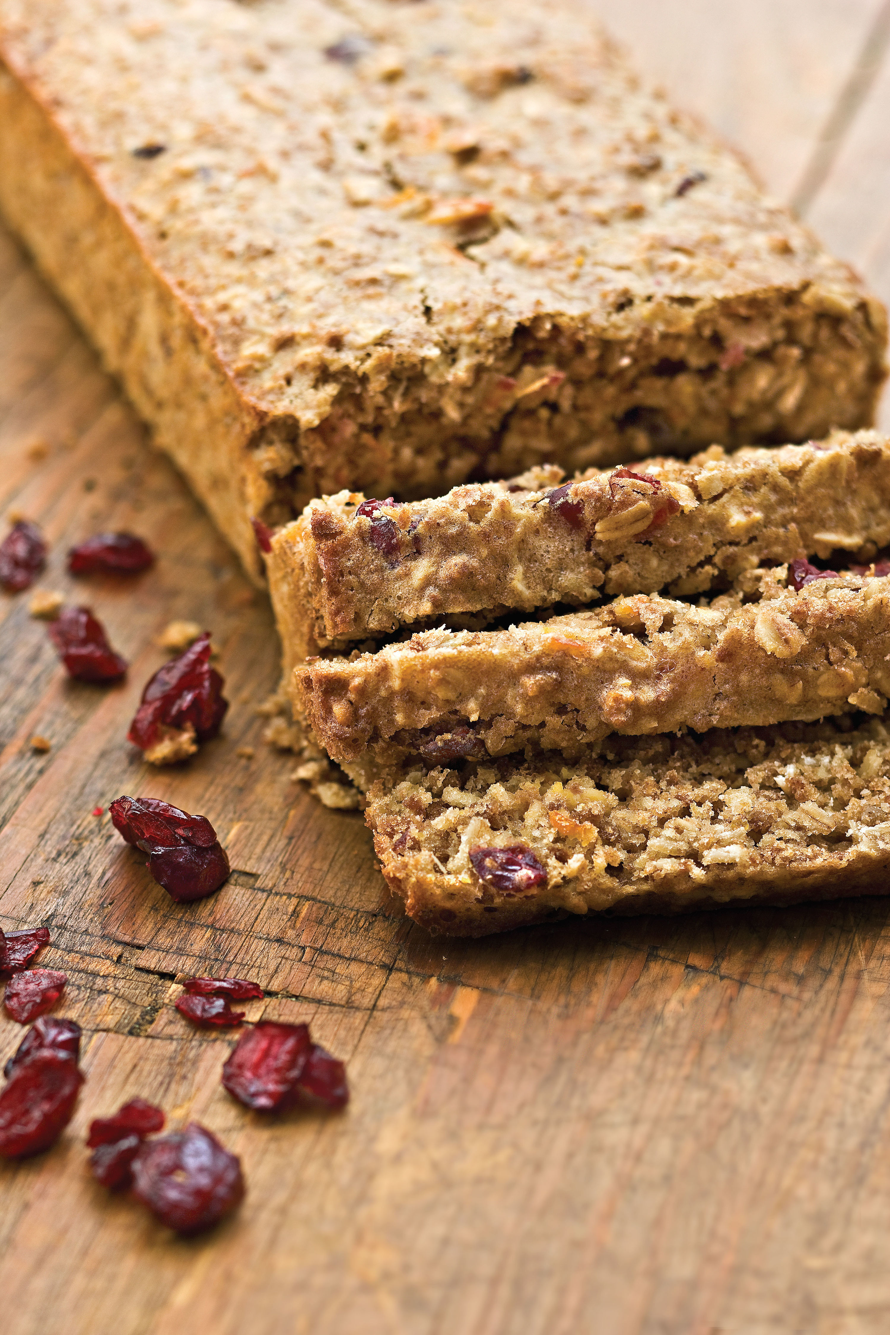 How to Make the Best Cranberry Bread