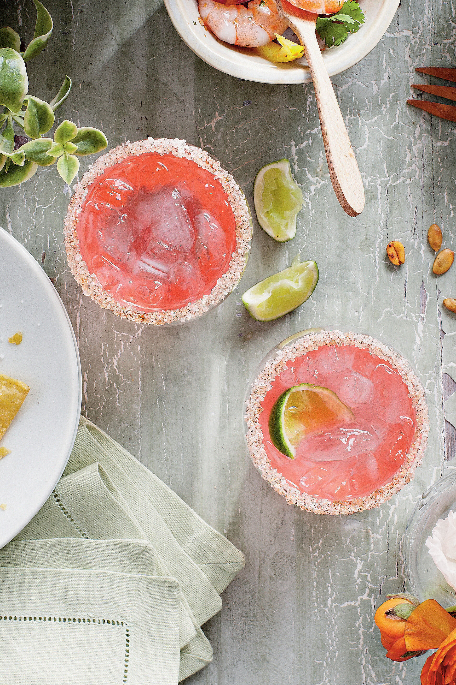 5 Cocktails Every Southern Host Should Know How To Make