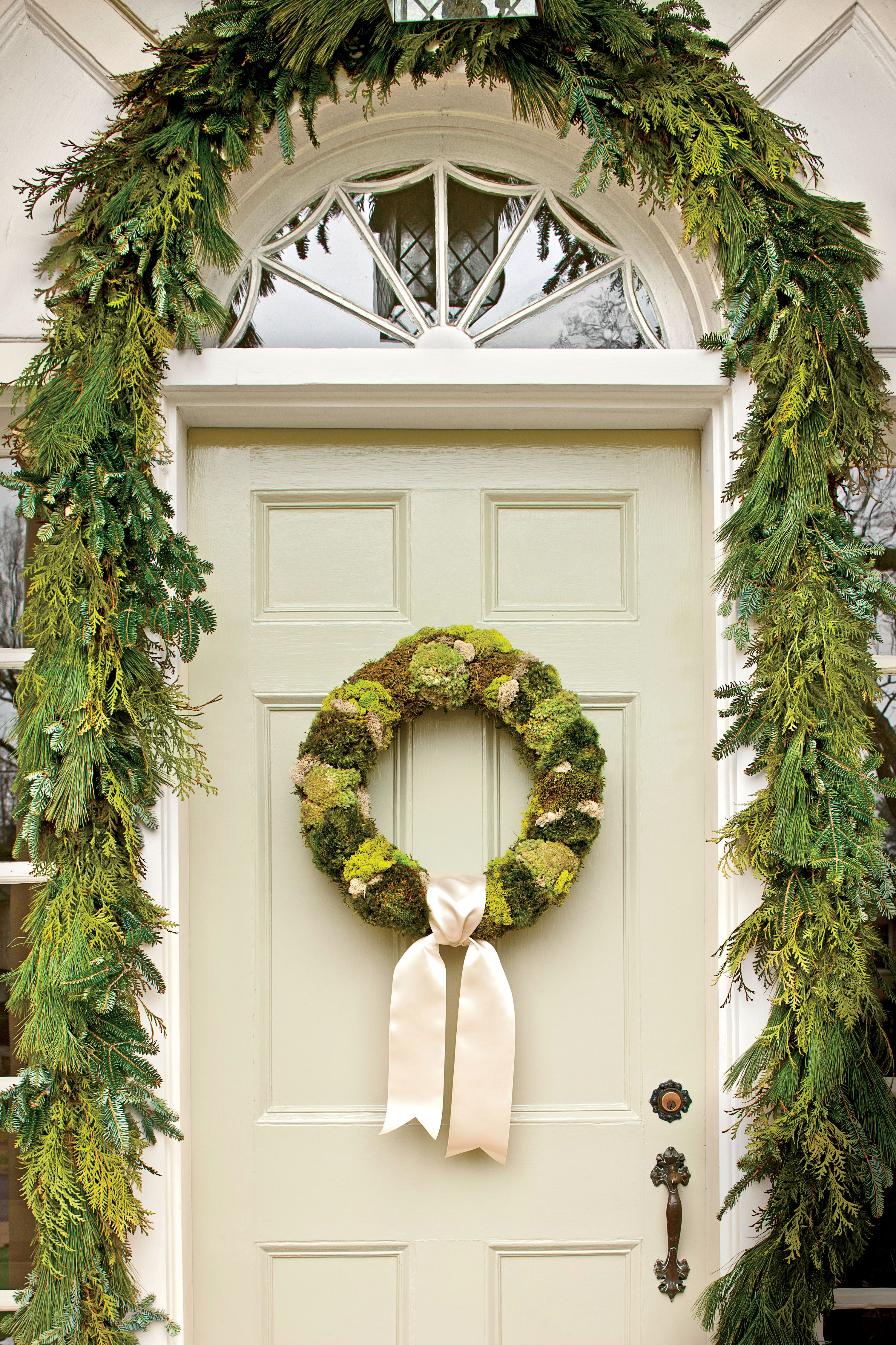 Simply Natural Moss Wreath