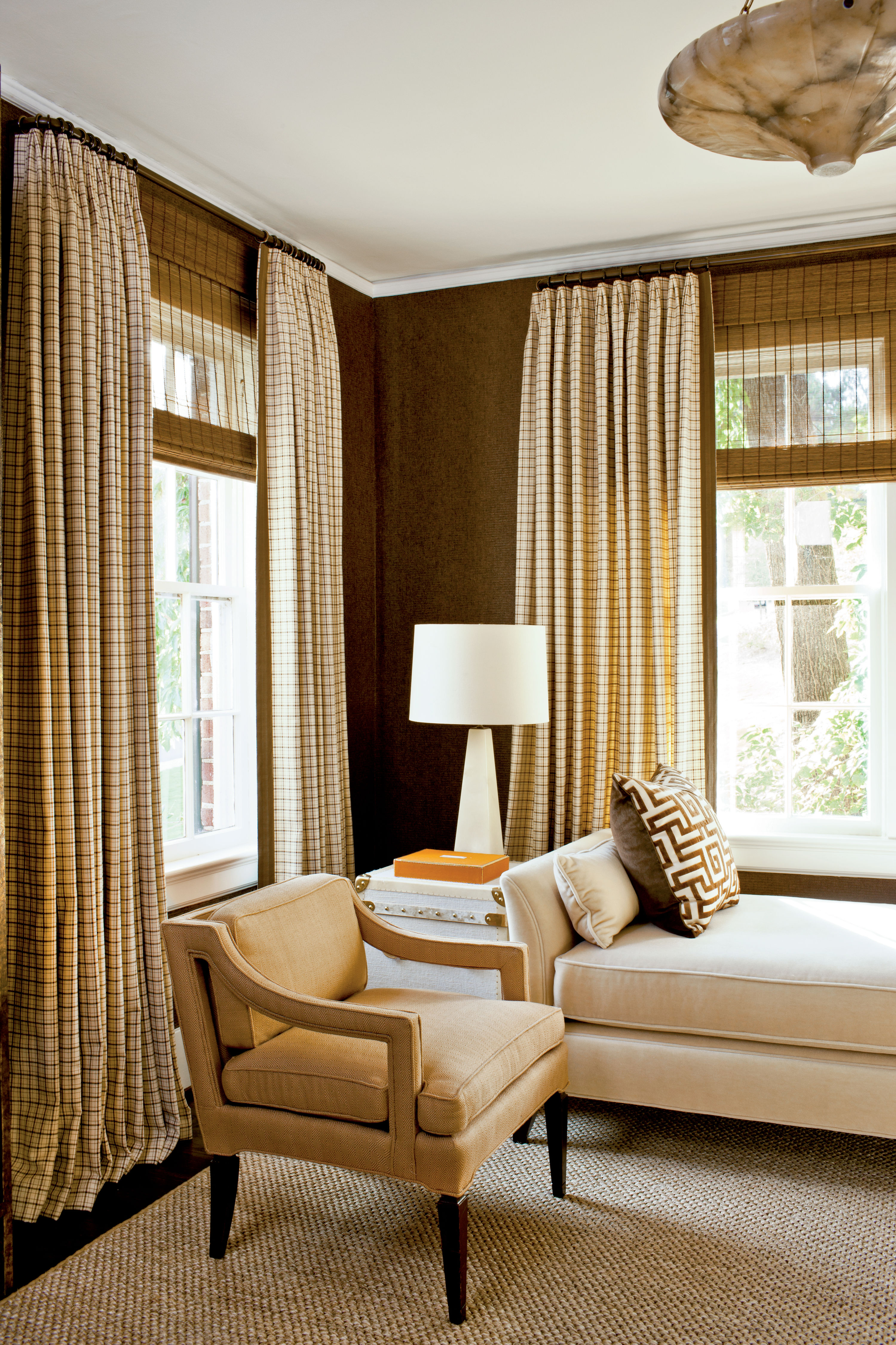 Phoebe's Window Treatment Formula: Keep it Simple