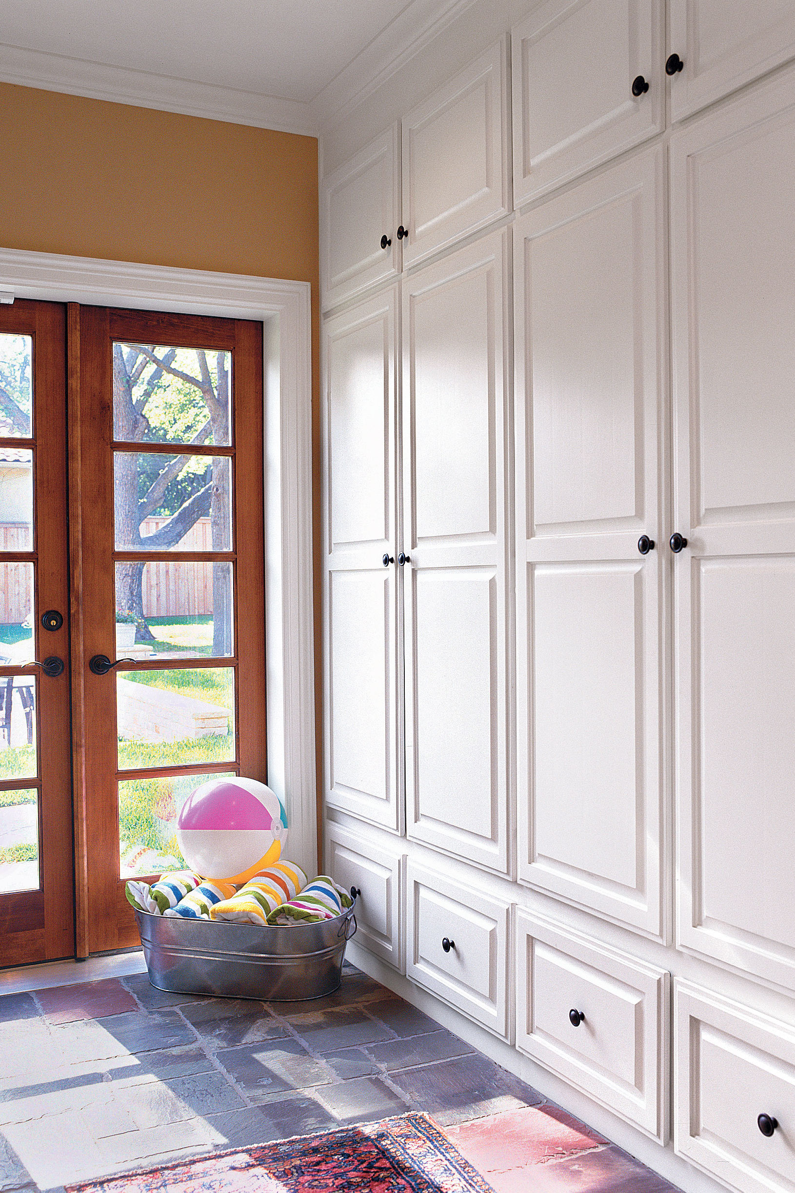 Mudroom Perfection: No More Clutter By the Door