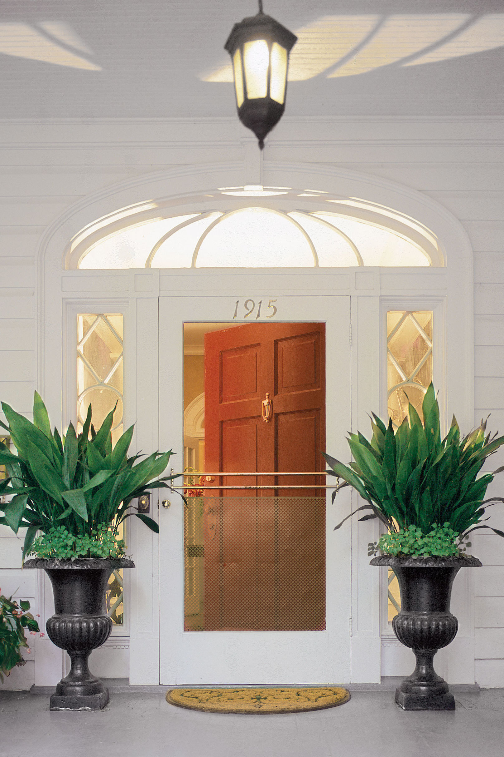 Our Guide to Front Door Paint Colors and Styles