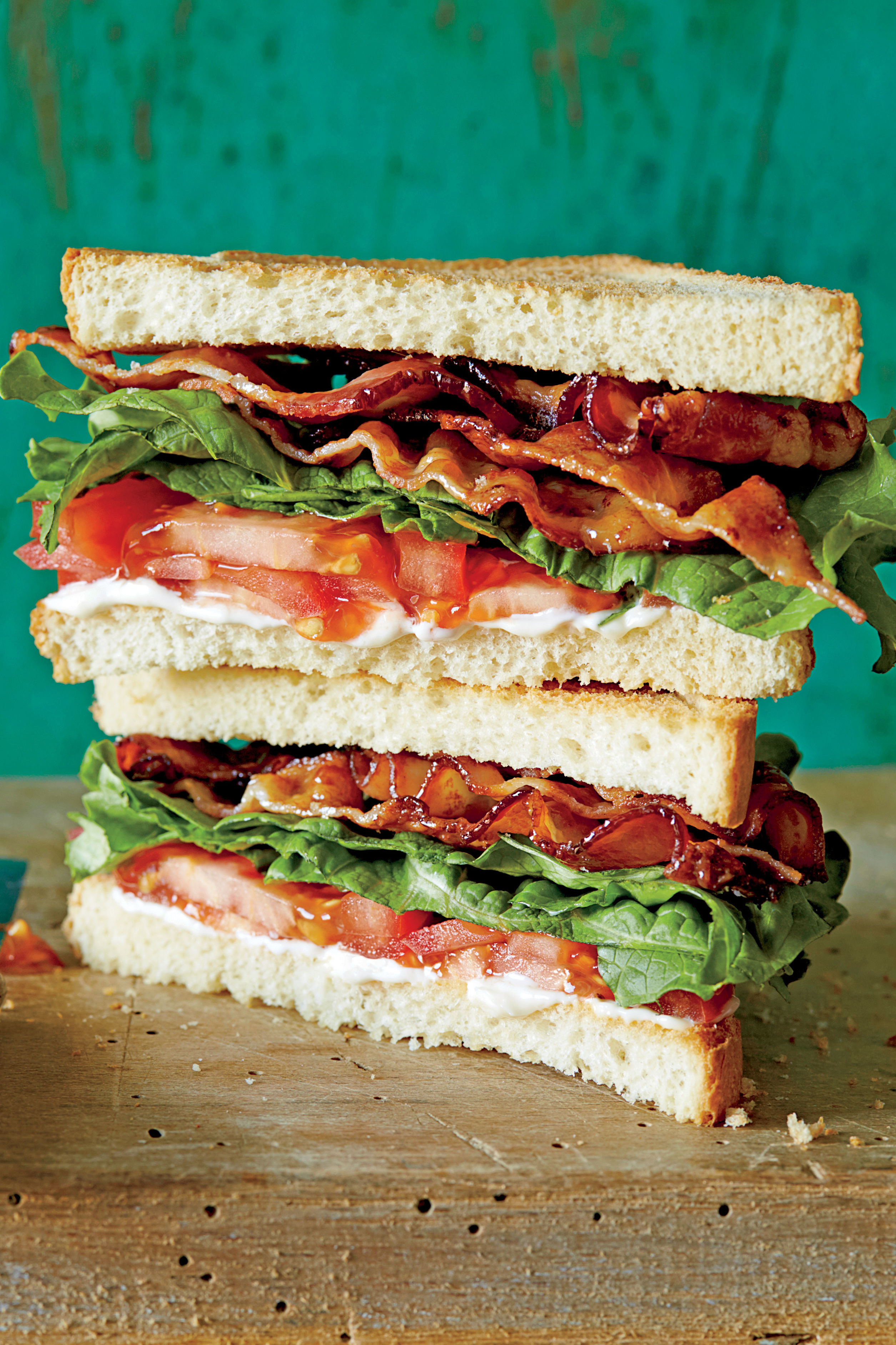 WATCH: Get The Most Out Of Your BLT With This Easy Bacon Hack